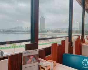 お台場のブルーテーブルのテラス席からの眺望