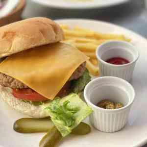 お台場、デックス東京ビーチのアンカーズのハンバーガー