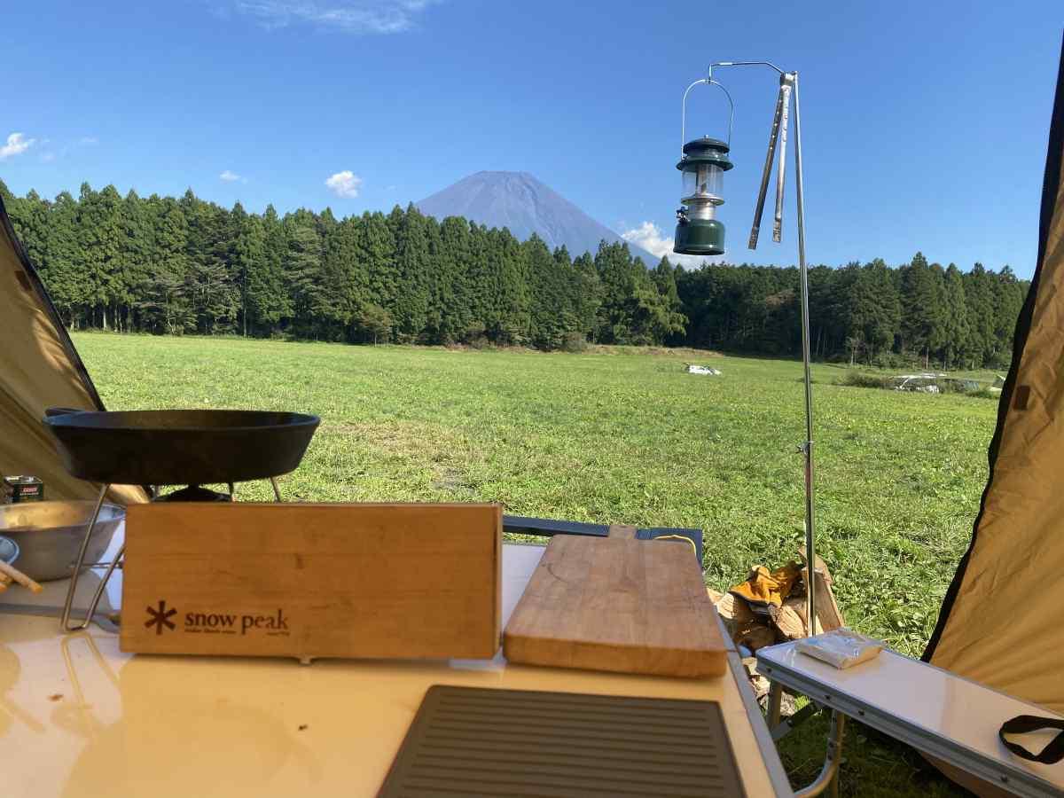 テントから望む富士山@ハートランド朝霞