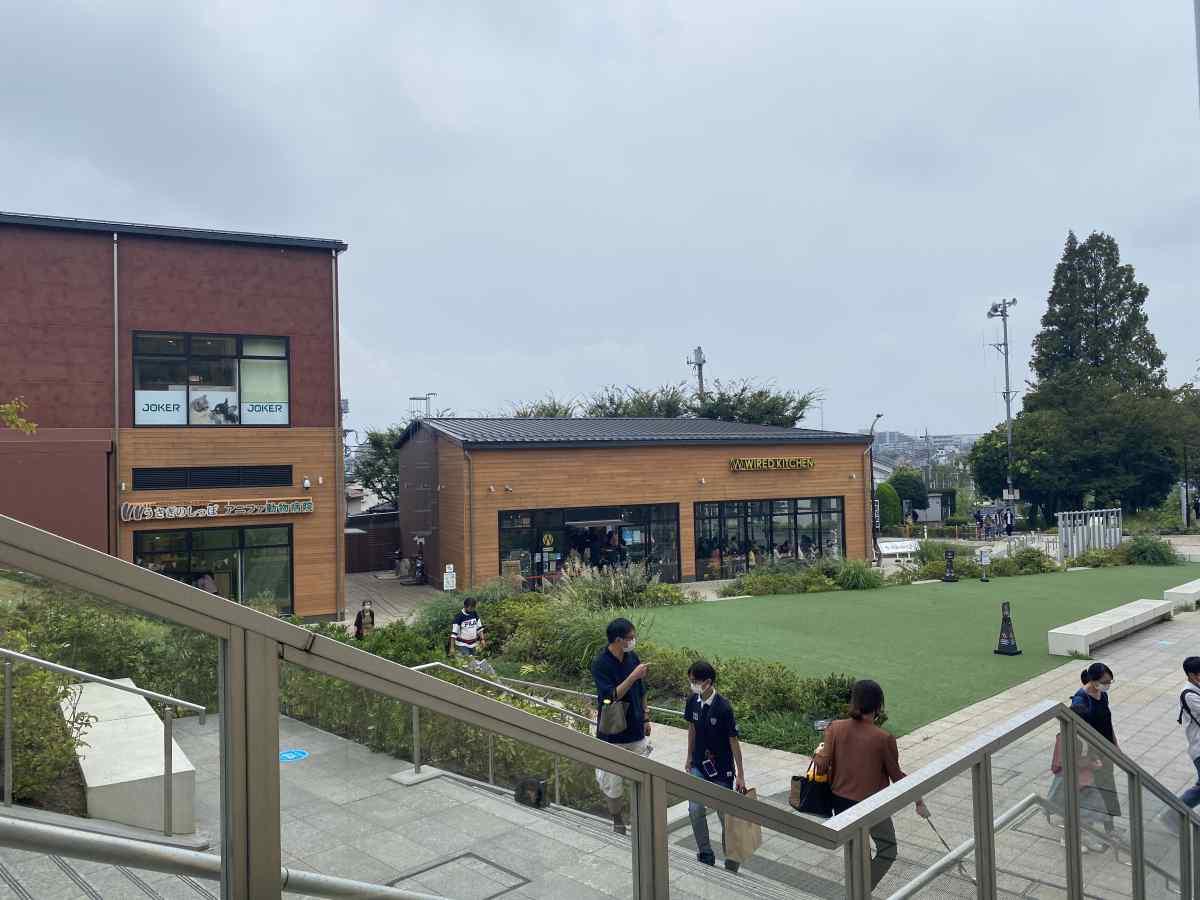南町田グランベリーパークのWIRED KITCHENの外観
