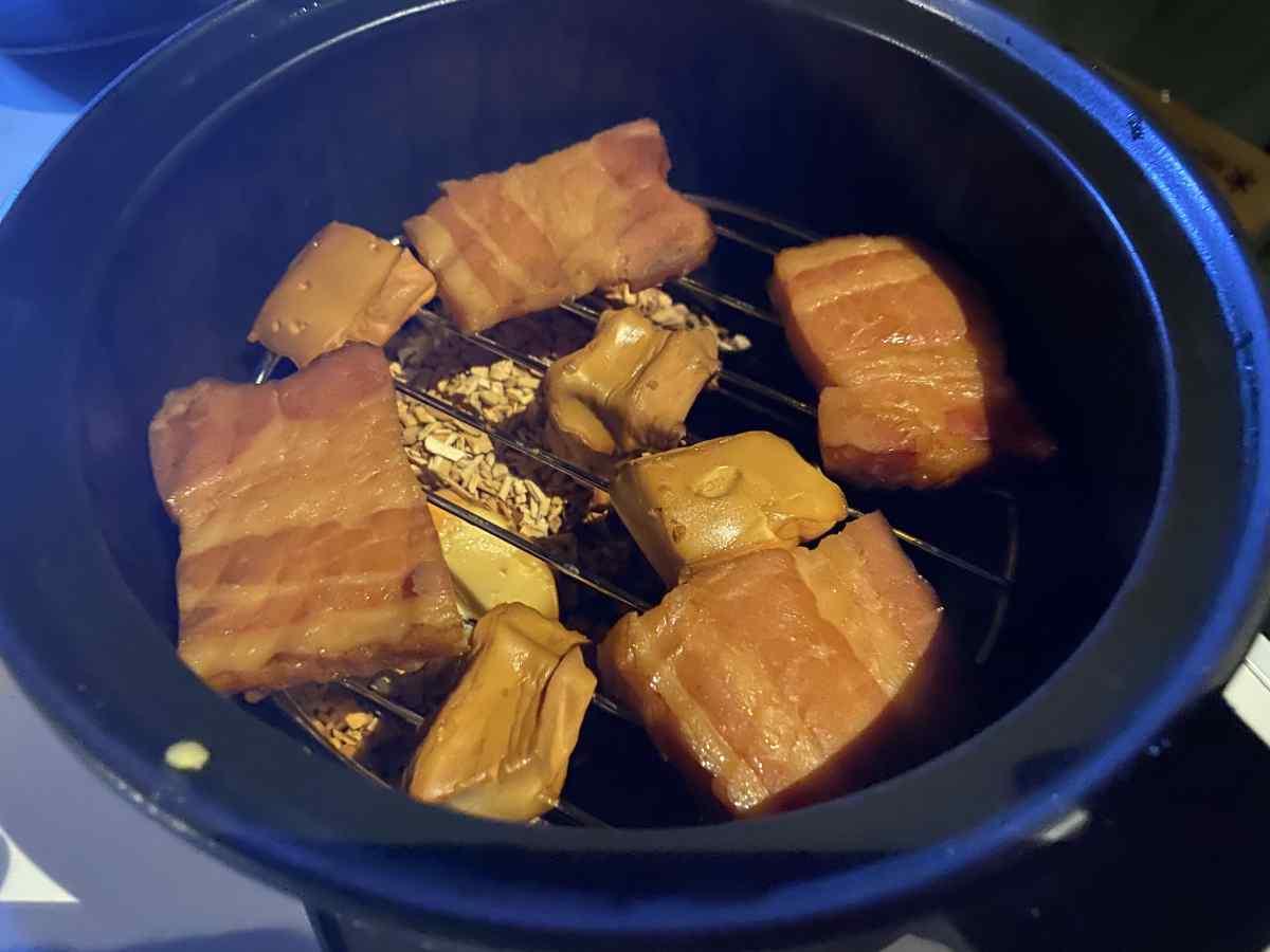 ベーコンとチーズの燻製